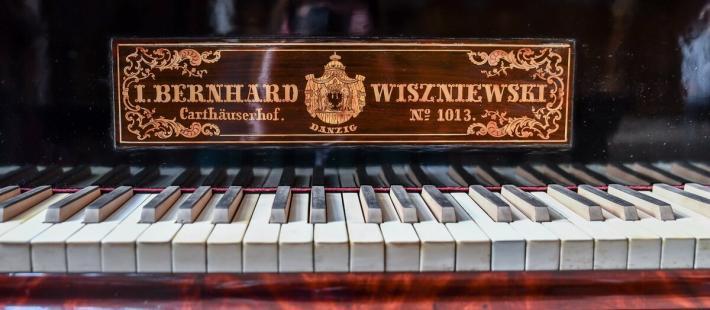 Fortepian, Jacob Bernhardt Wiszniewski, Muzeum Gdańska, www.polnocna.tv, www.strefahistorii.pl
