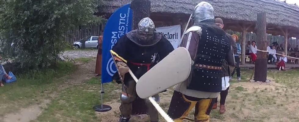 Embedded thumbnail for Walki rycerskie w ringu. Wehikuł Czasu Pruszcz Gdański 2017